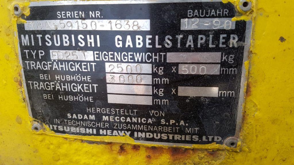 Mitsubishi FD25T Dieselstapler www.heinbockel-gabelstapler.de