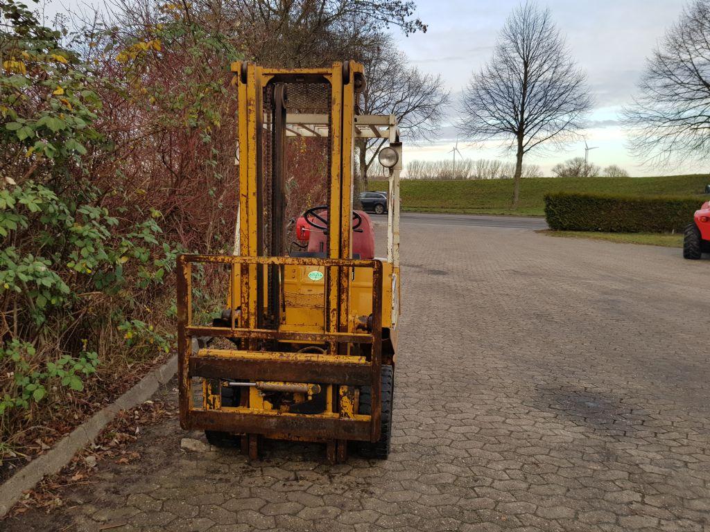 TCM FG15N15 Treibgasstapler www.heinbockel-gabelstapler.de