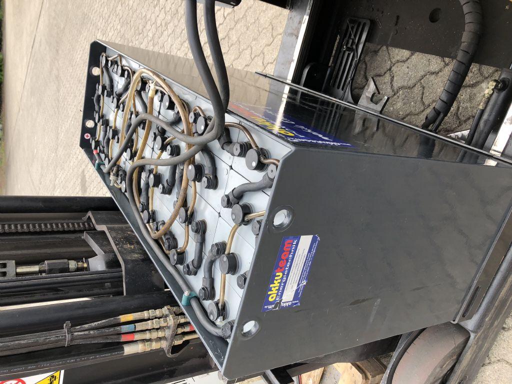 Yale-MR20-Schubmaststapler-www.herbst-gabelstapler.de
