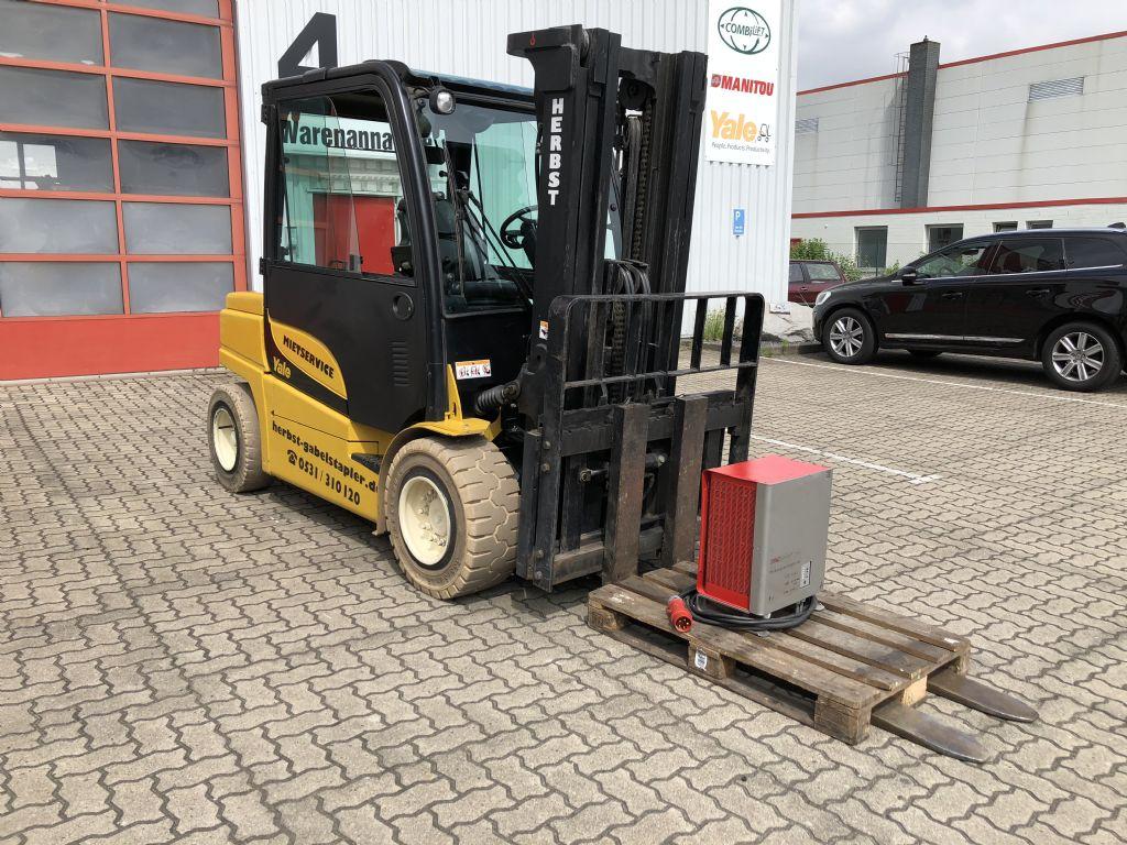 Yale-ERP55VM6-Elektro 4 Rad-Stapler-www.herbst-gabelstapler.de