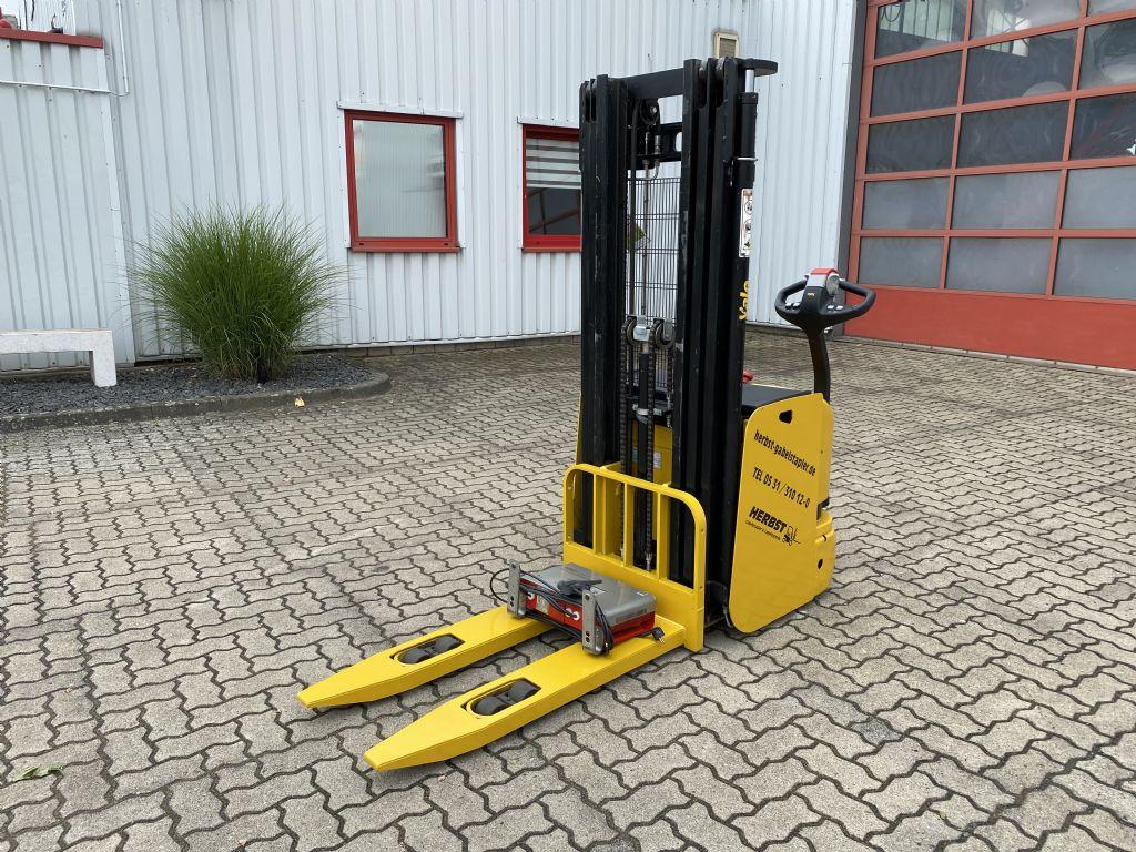 Yale-MS16AC 1400 kg-Hochhubwagen-www.herbst-gabelstapler.de