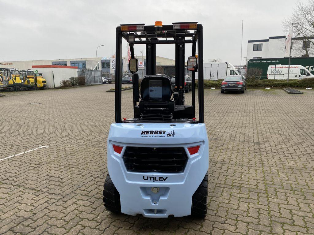 UTILEV-UT20P-Dieselstapler-www.herbst-gabelstapler.de
