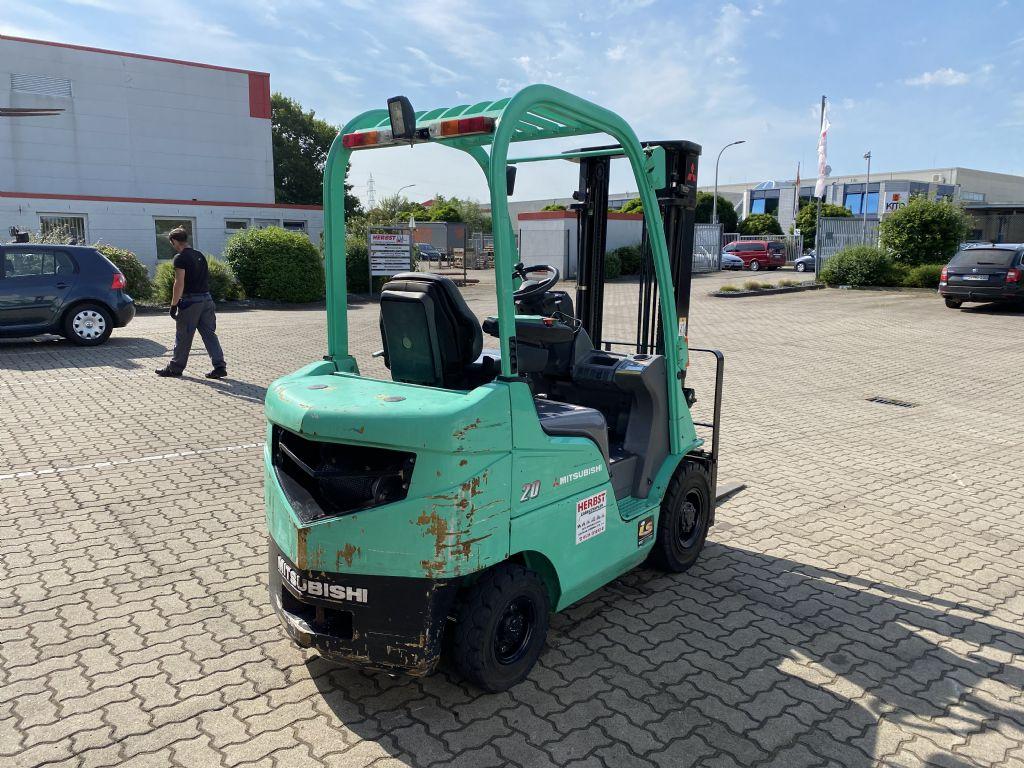 Mitsubishi-FD20CN-Dieselstapler-www.herbst-gabelstapler.de