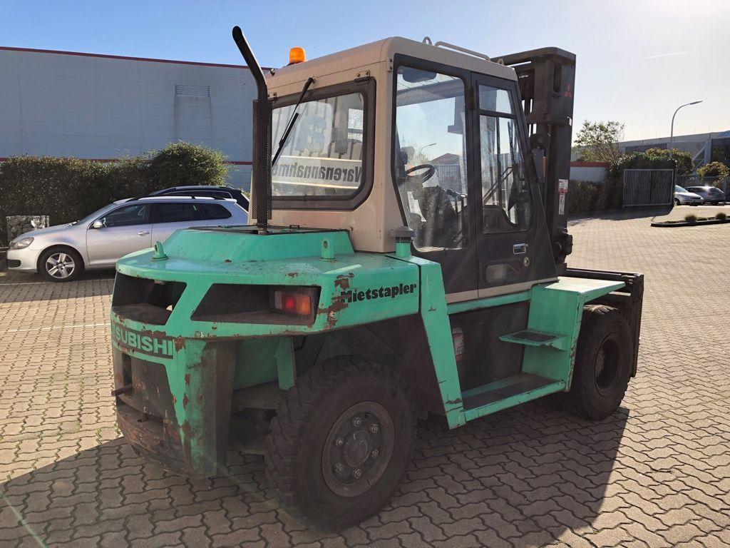 Mitsubishi-FD70-Dieselstapler-www.herbst-gabelstapler.de