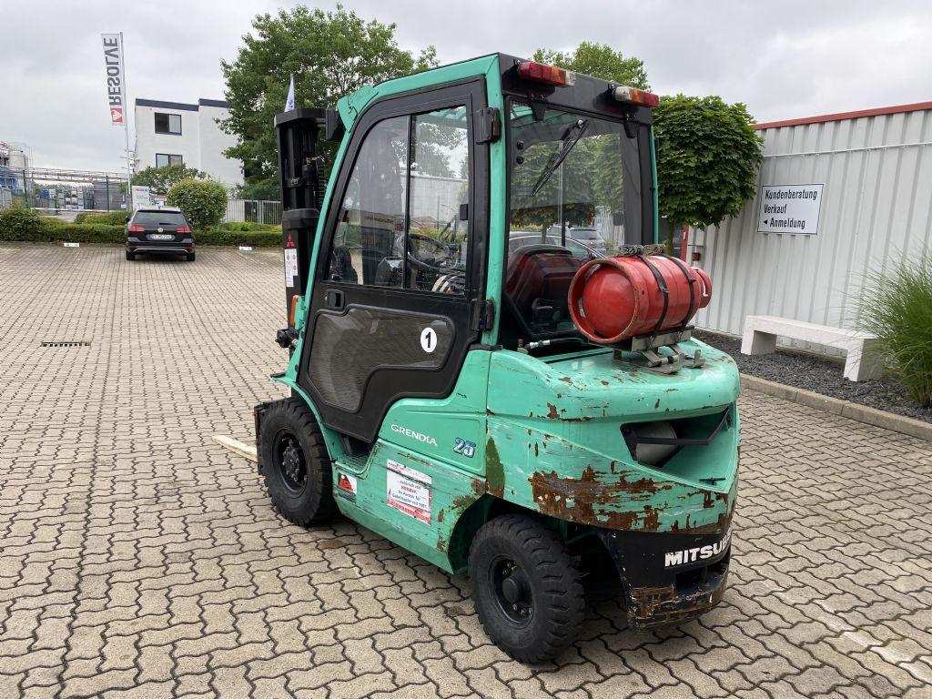 Mitsubishi-FG25N-Treibgasstapler-www.herbst-gabelstapler.de