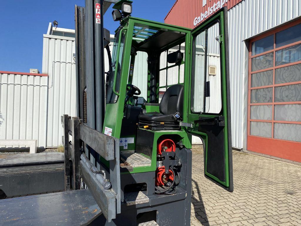 Combilift-C8000 LPG-Vierwege Seitenstapler-www.herbst-gabelstapler.de