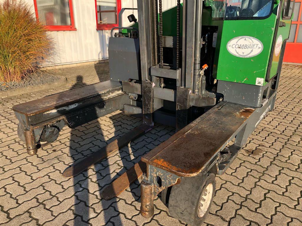 Combilift-C5000-Vierwege Seitenstapler-www.herbst-gabelstapler.de