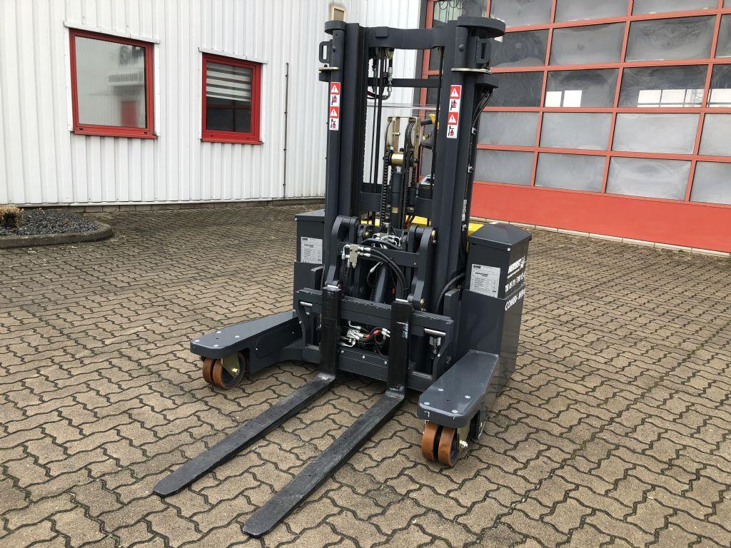Combilift-WR4 2000 kg 4-Wege-Hochhubwagen-www.herbst-gabelstapler.de