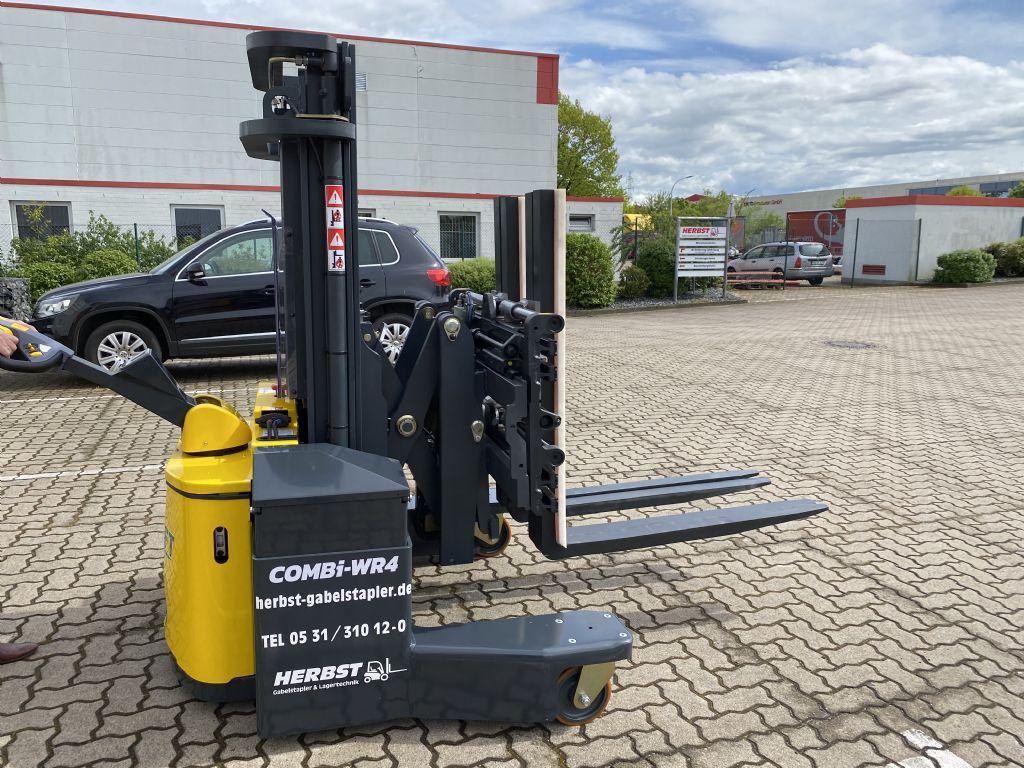 Combilift-WR4 COMBI-Vierwege Seitenstapler-www.herbst-gabelstapler.de