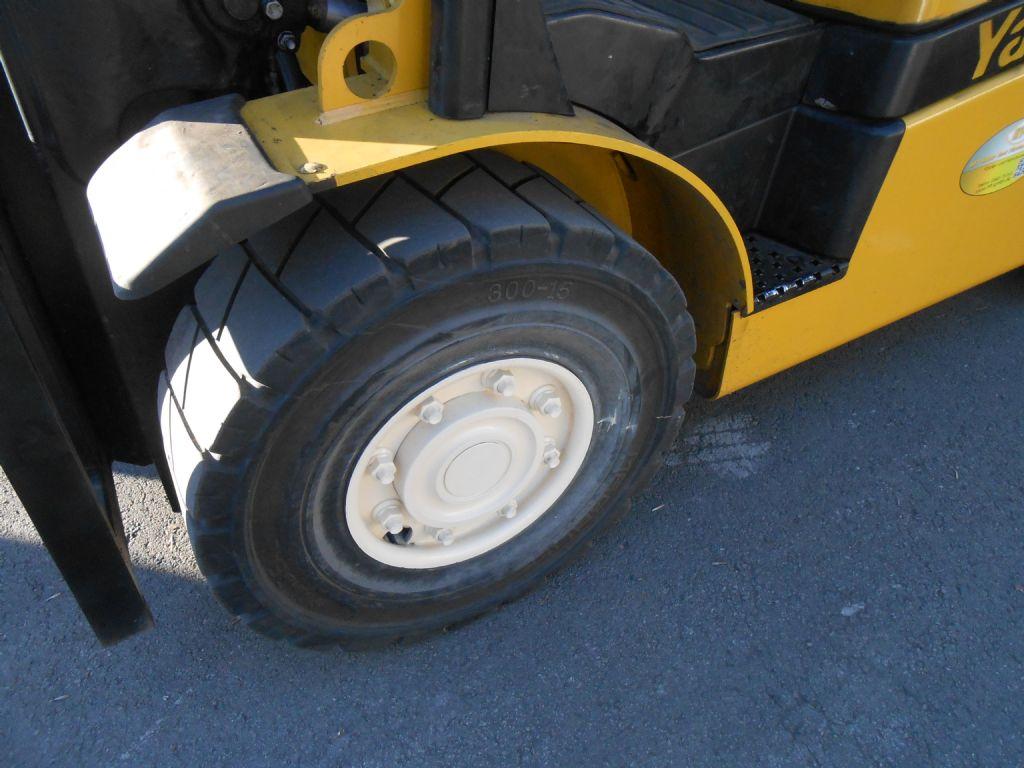Yale GDP 45 SVX5 Dieselstapler www.staplerservice.de