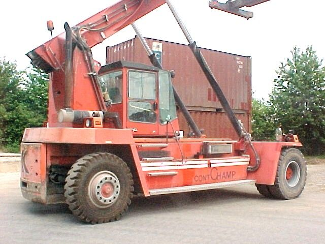 Kalmar DRD100-52 S6 Leercontainer Reachstacker www.hinrichs-forklifts.com