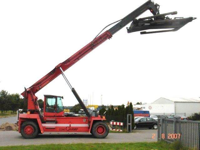 Kalmar DRD200-52B3 Leercontainer Reachstacker www.hinrichs-forklifts.com