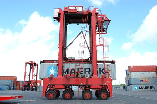 SMV Straddle Carrier Full-container handler