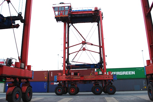 Rental Hinrichs Forklifts | Container | Reachstacker Renting
