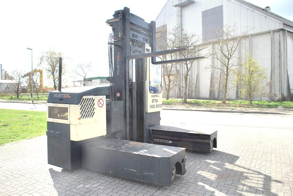 Hubtex MQ90D Four-way side loader
