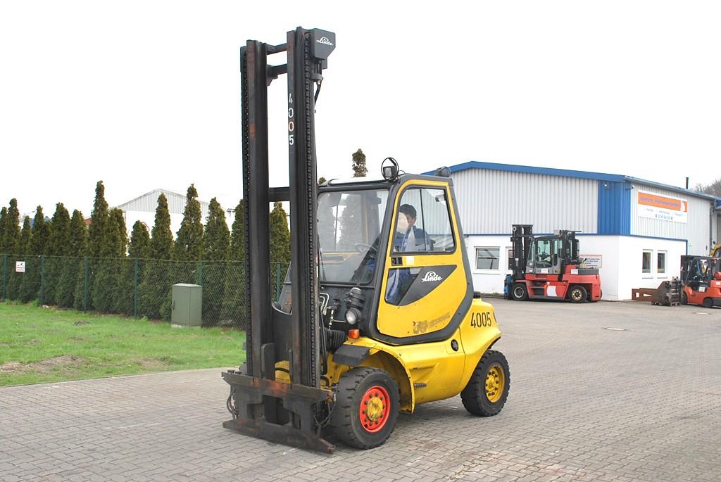 Linde H40D-04 Diesel Forklift www.hinrichs-forklifts.com