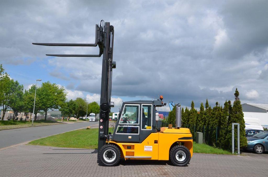 Jungheinrich DFG690 Heavy Forklifts