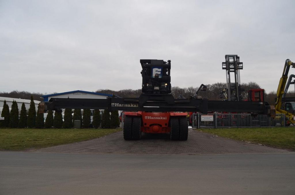 Fantuzzi CS45KM Full-container reach stacker