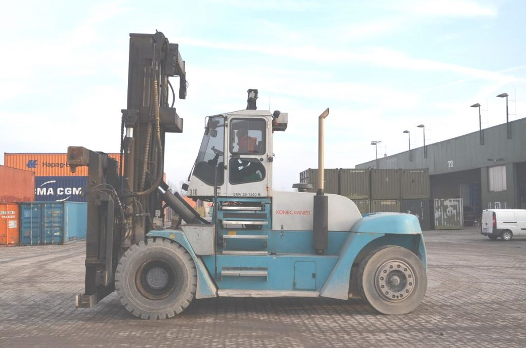 SMV SL20-1200B Empty Container Handler www.hinrichs-forklifts.com