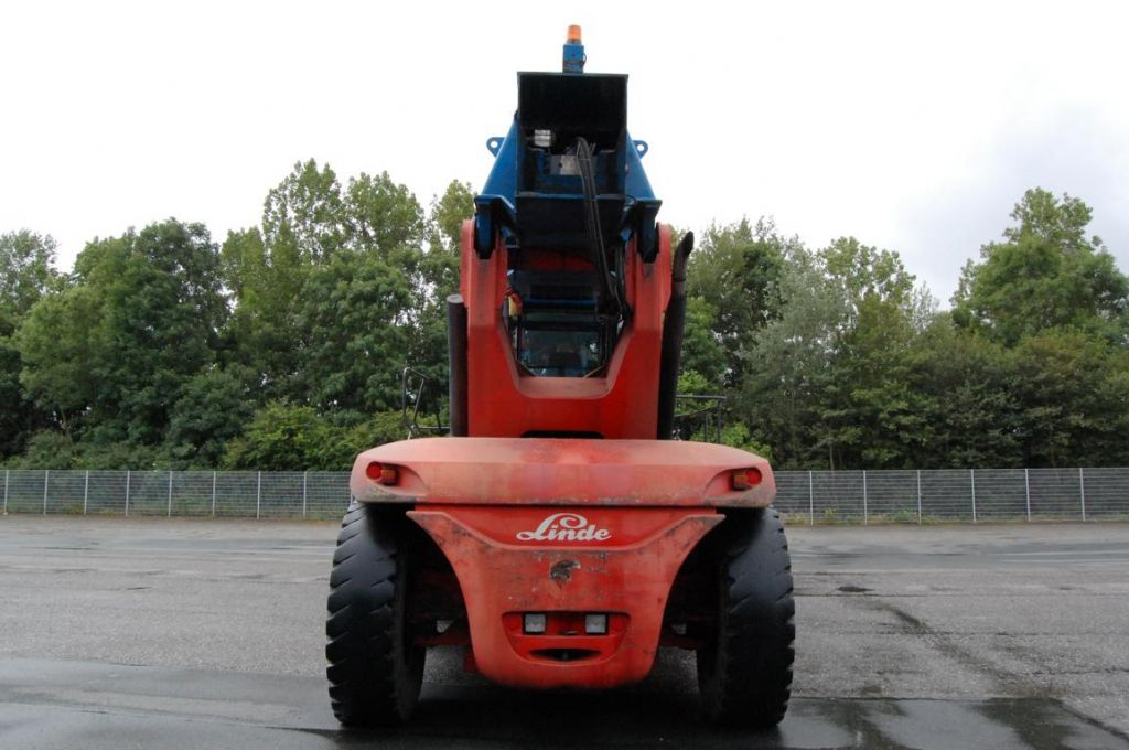 Linde C4534TL4 Full-container reach stacker