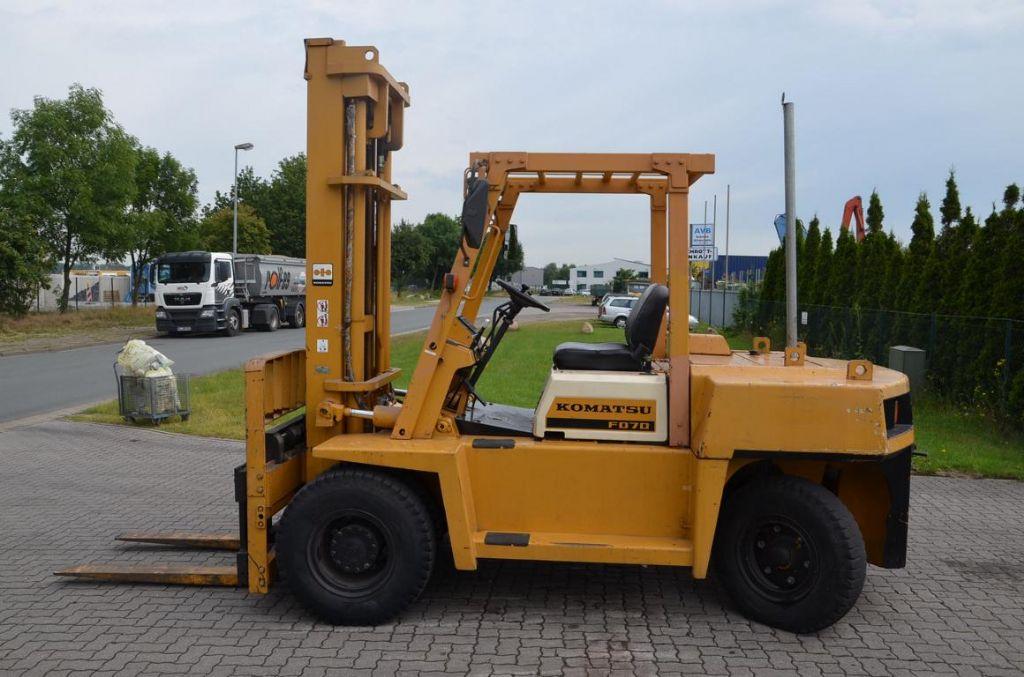Komatsu FD70-5 Diesel Forklift www.hinrichs-forklifts.com