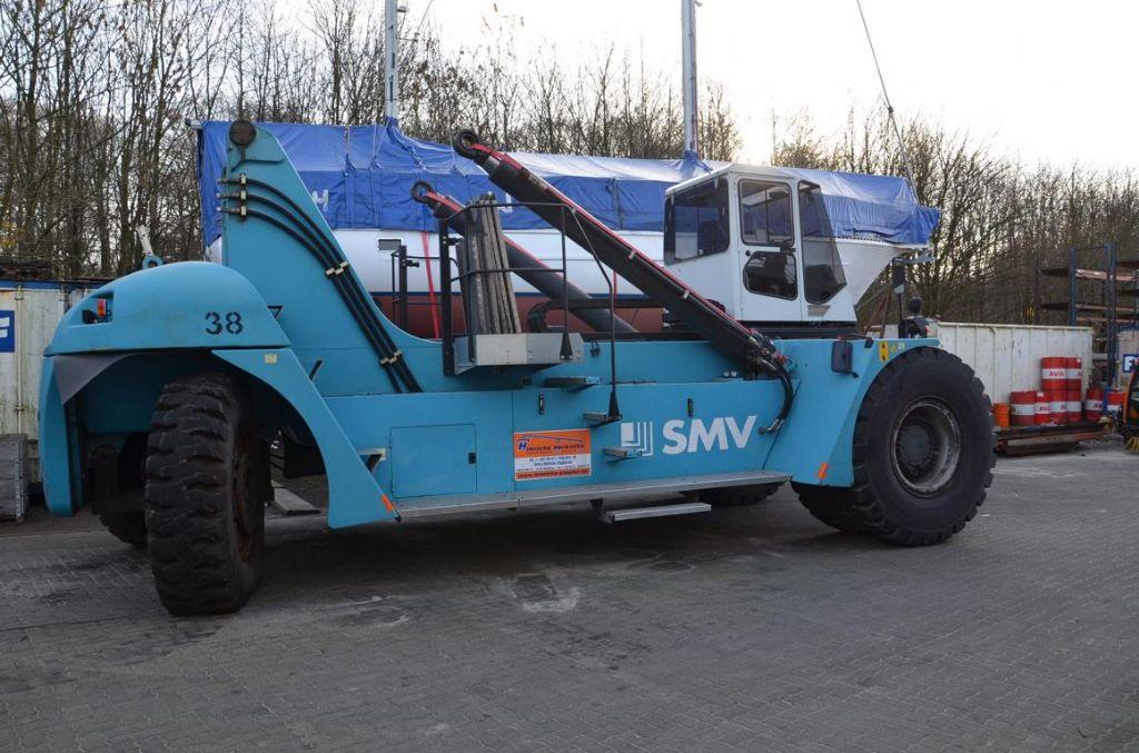 SMV SC4527CB5 Full-container reach stacker