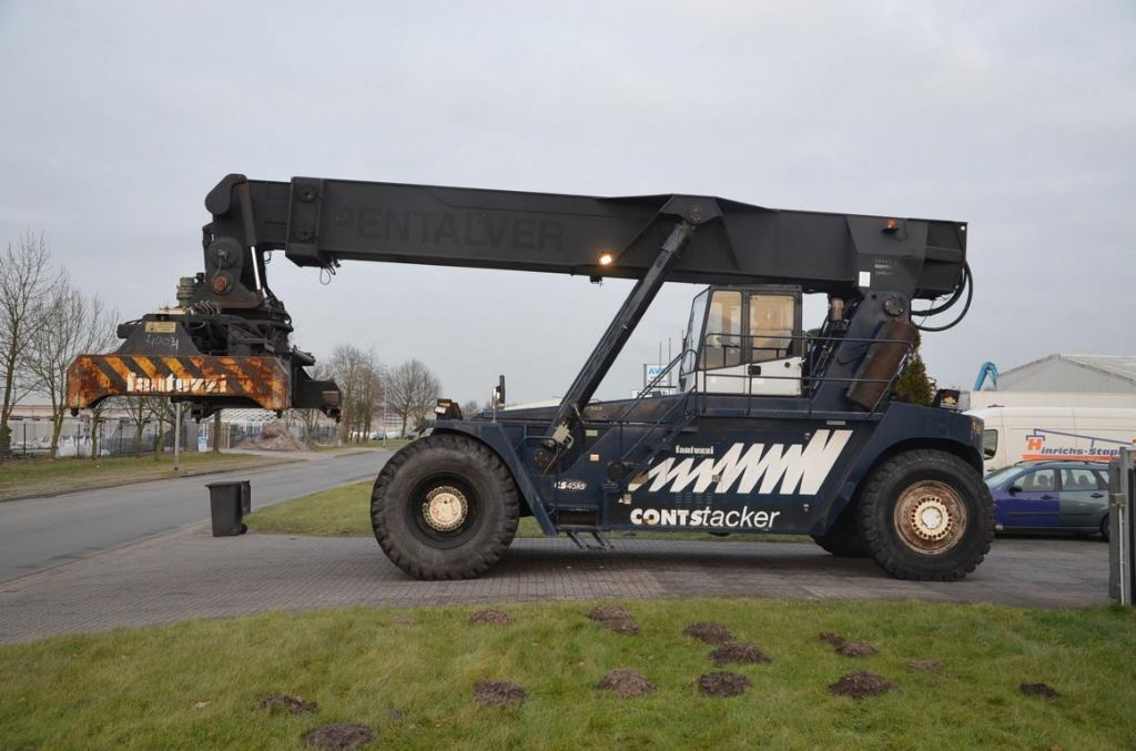 Fantuzzi CS45KS Full-container reach stacker www.hinrichs-forklifts.com