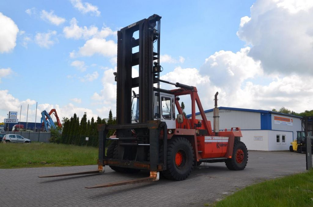Kalmar DC32-1200 Heavy Forklifts www.hinrichs-forklifts.com