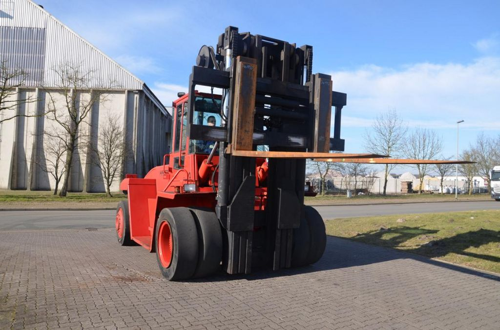 Hyster H16.00XM-12 Heavy Forklifts