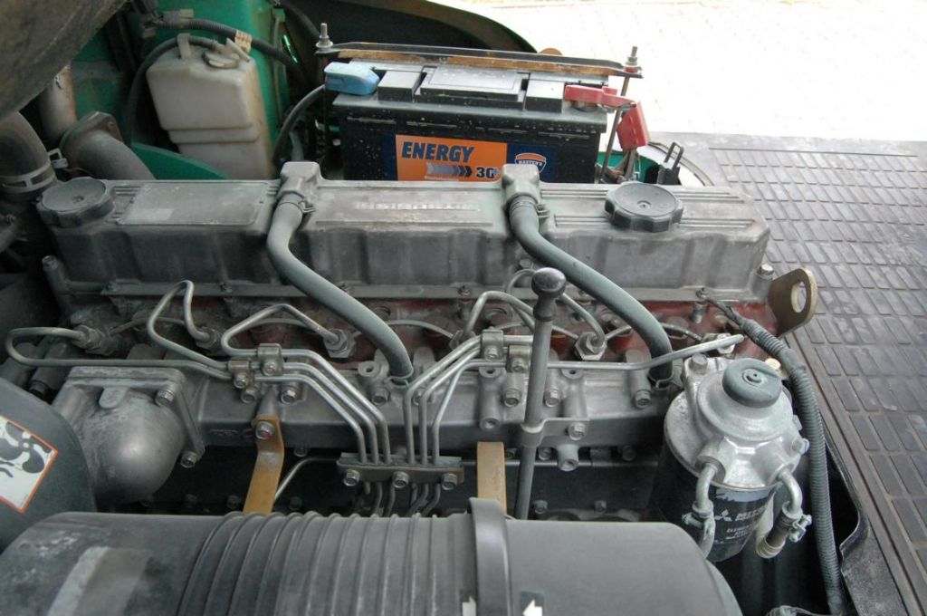 Mitsubishi FD40N Diesel Forklift