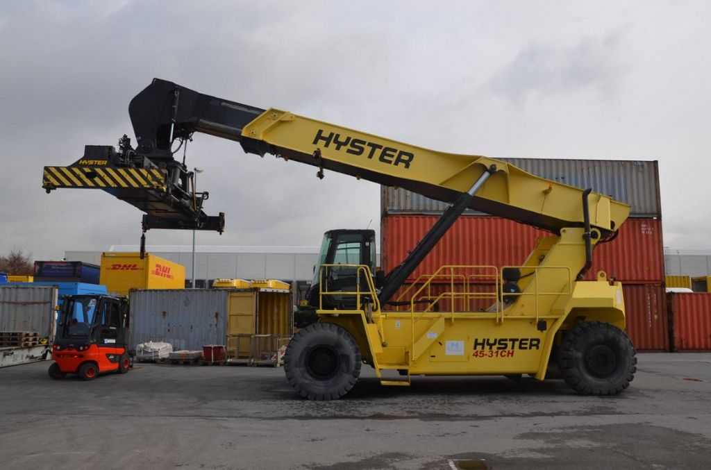 Hyster RS4531CH Vollcontainer Reachstacker www.hinrichs-forklifts.com