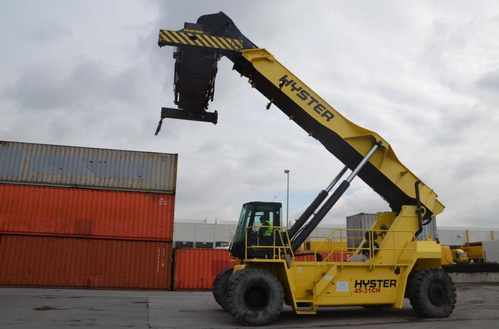 Hyster RS4531CH Full-container reach stacker