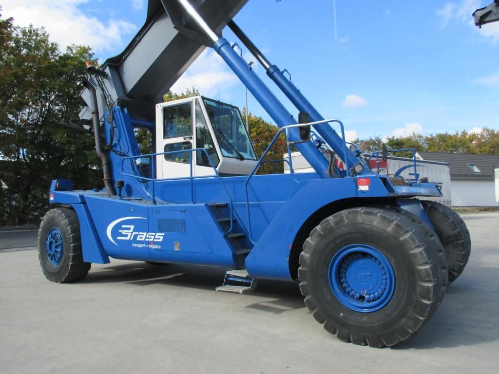 CVS Ferrari F168 Vollcontainer Reachstacker www.hinrichs-forklifts.com