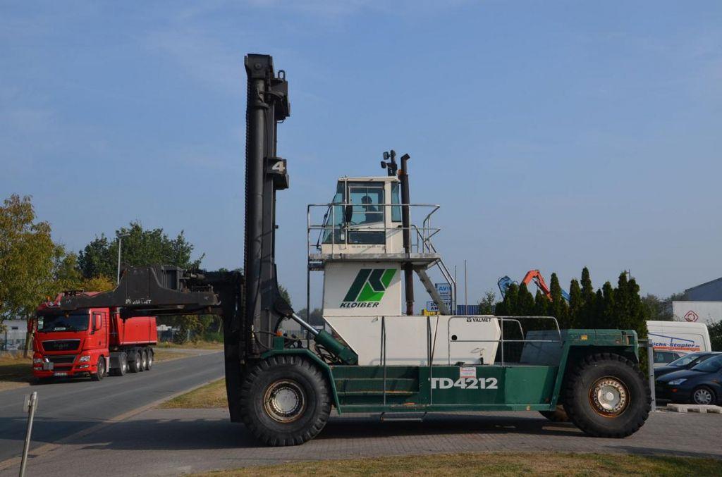 Valmet TD4212 Full-container handler www.hinrichs-forklifts.com