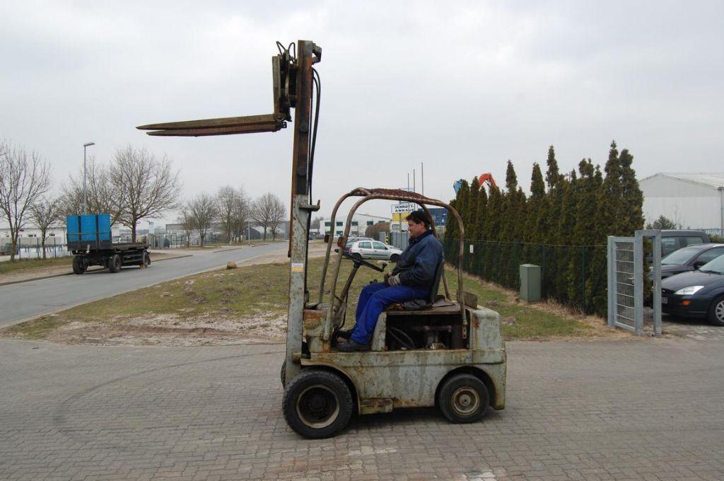 BKS VDP 40 Diesel Forklift