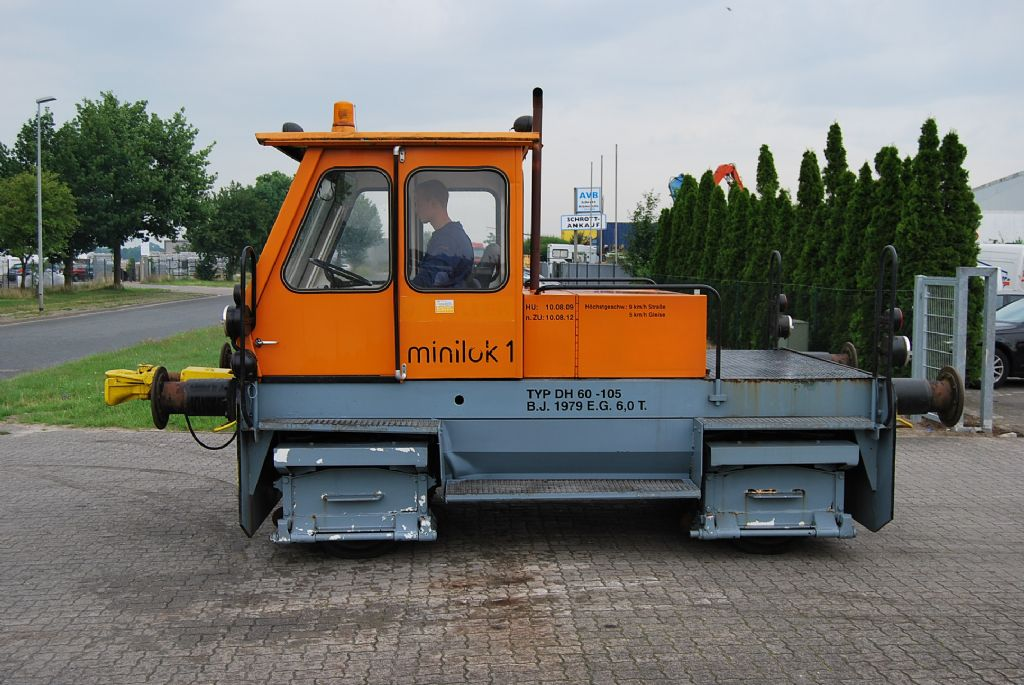 *Sonstige DH 60 - 105 Minilok Terminal tractor www.hinrichs-forklifts.com