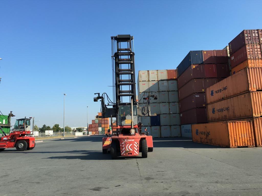 Kalmar DCF100-45E7 Empty Container Handler