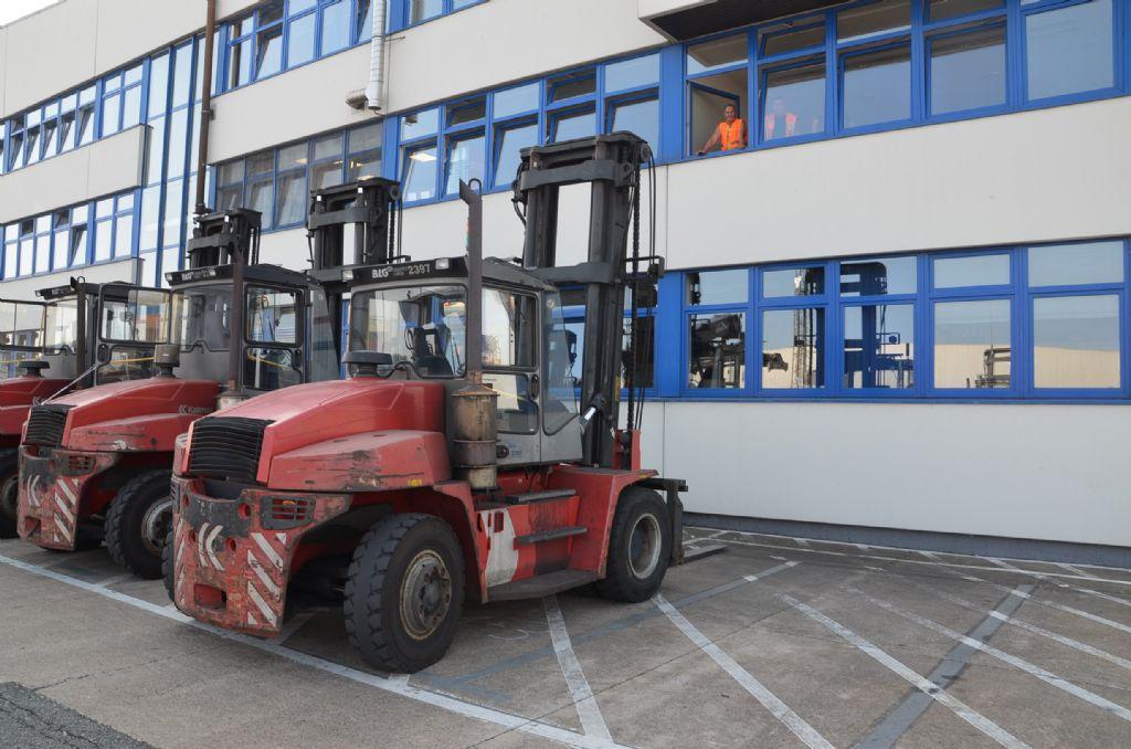 Kalmar DCE90-6 Diesel Forklift www.hinrichs-forklifts.com