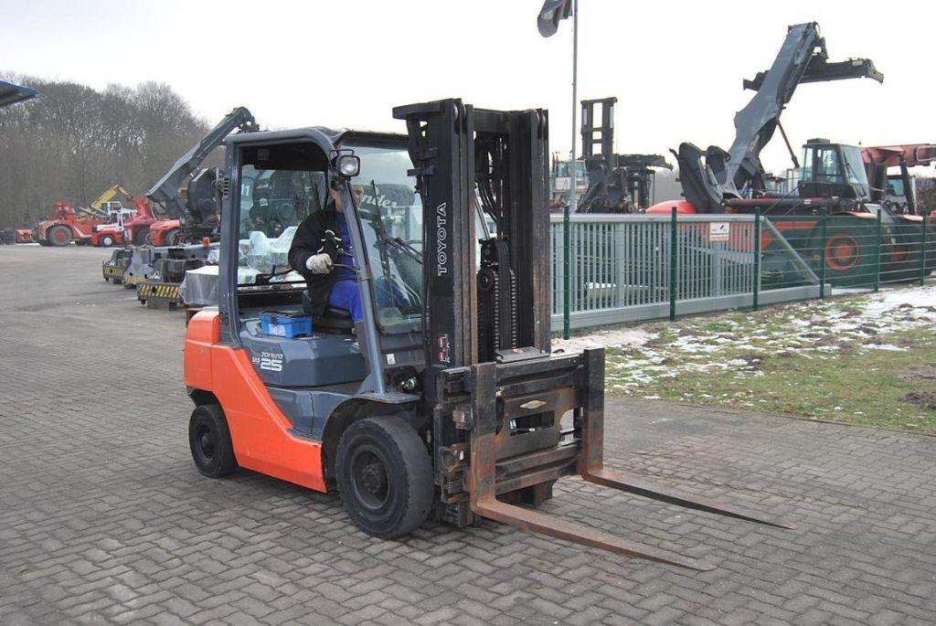 Toyota 02-8FDF25 Diesel Forklift