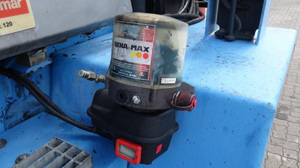 Kalmar DCE120-12 Diesel Forklift