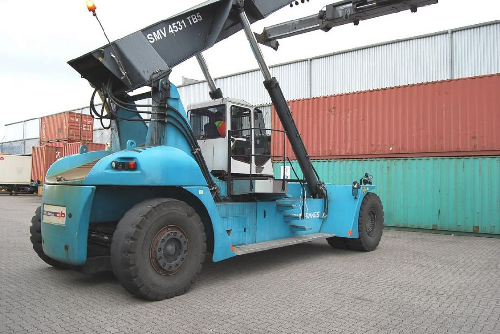 SMV SC4531TB5 Full-container reach stacker