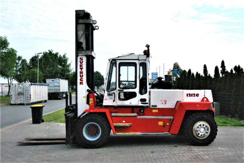 Svetruck 12120-35 Diesel Forklift www.hinrichs-forklifts.com