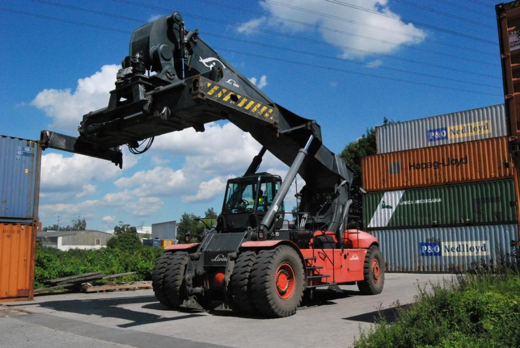 Linde C4535TL5 Full-container reach stacker www.hinrichs-forklifts.com