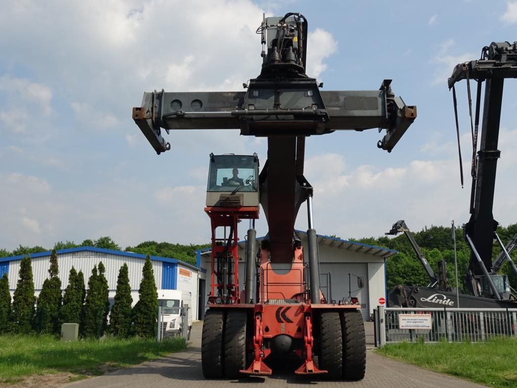 Kalmar DRF450-70S5XS Vollcontainer Reachstacker