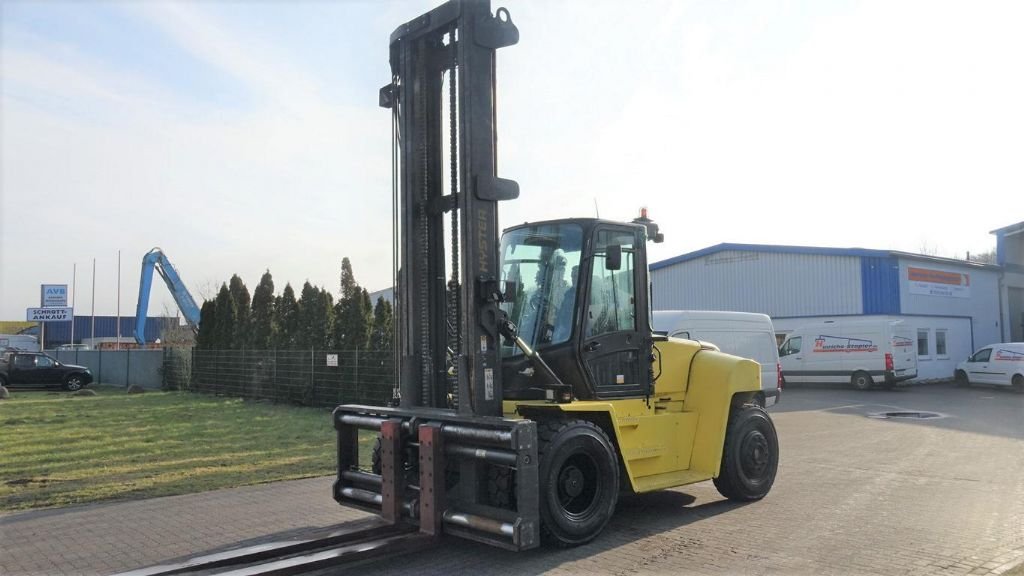 Hyster H12XM-6 Heavy Forklifts