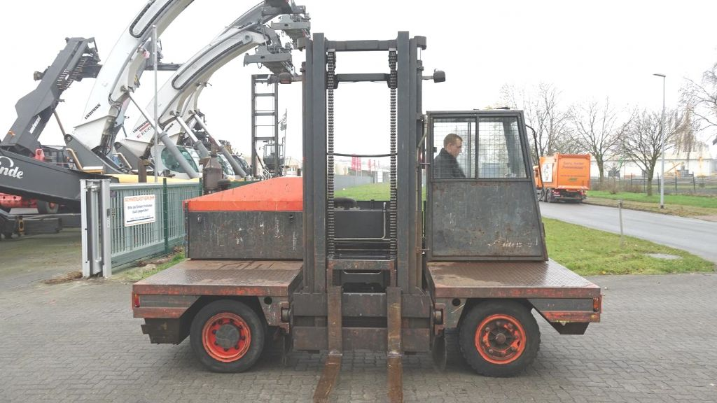 Linde S30 Carrello elevatore laterale www.hinrichs-forklifts.com