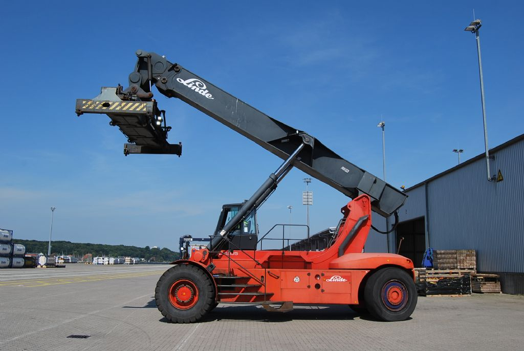 Linde C4535TL Full-container reach stacker www.hinrichs-forklifts.com