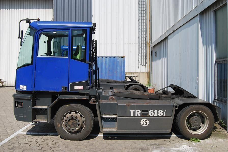 Kalmar TR618i 4x4 RoRo Terminal tractor www.hinrichs-forklifts.com