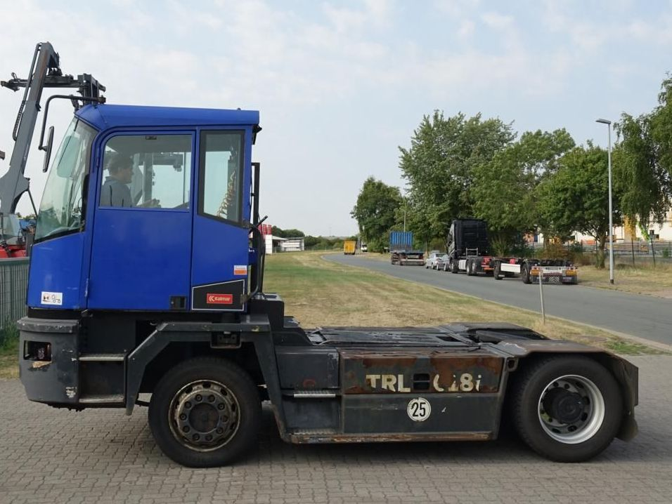 Kalmar TR618i 4x4 RoRo Tractor Industrial www.hinrichs-forklifts.com