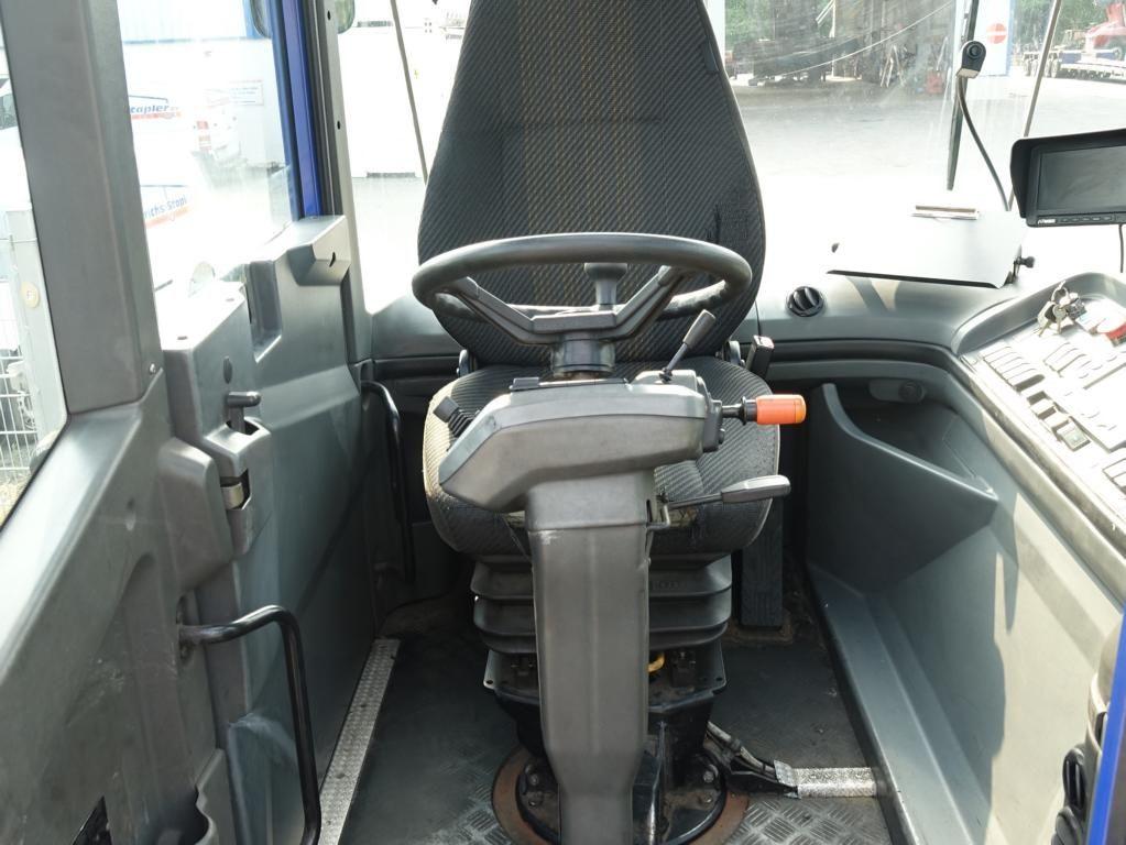 Kalmar TR618i 4x4 RoRo Terminaltraktor www.MecLift.de